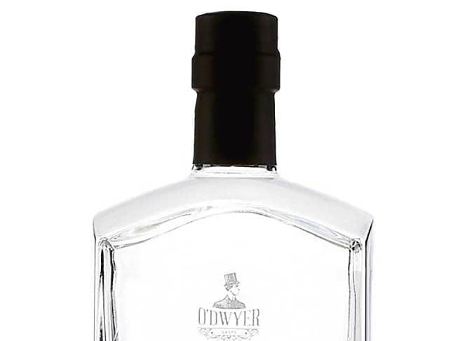 Une bouteille de gin O'Dwyer Radoune, 43%