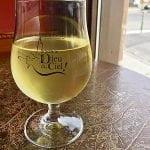 Un verre de cidre Chemin des Sept Cidre Sauvage Turbo Brut, 8,5%